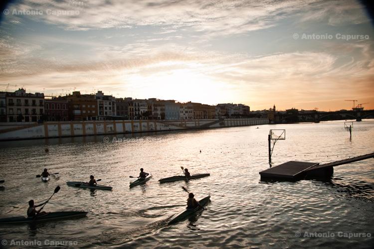 Seville - along the Guadalquivir river / Siviglia - lungo il fiume Guadalquivir