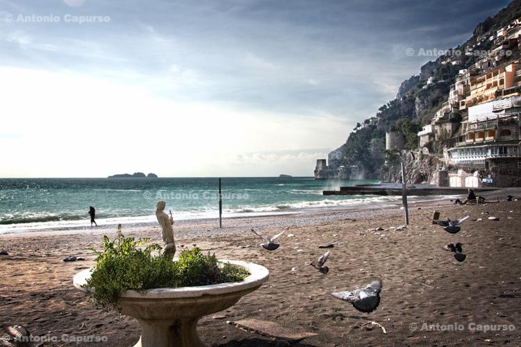 Sand beach near Positano (2) - Italy, February 2010