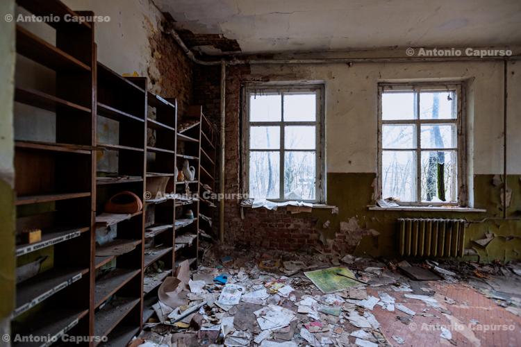 Inside an abandoned school near Prypiat (2), Chernobyl area - Ukraine, 2019