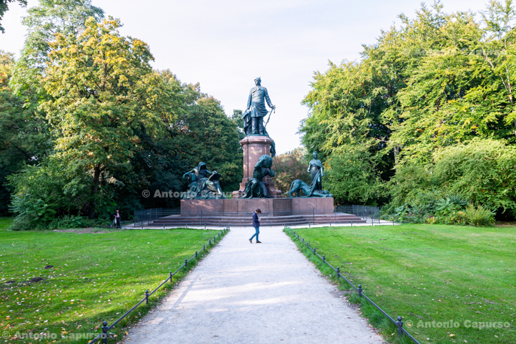 The Bismarck Memorial in the Tiergarten - Berlin - Germany, 2015