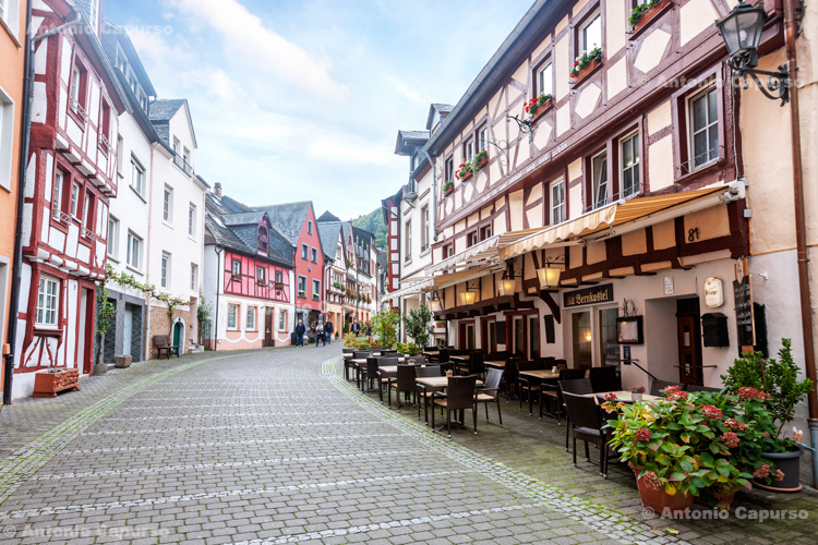 Bernkastel-Kues, city street - Germany, 2017
