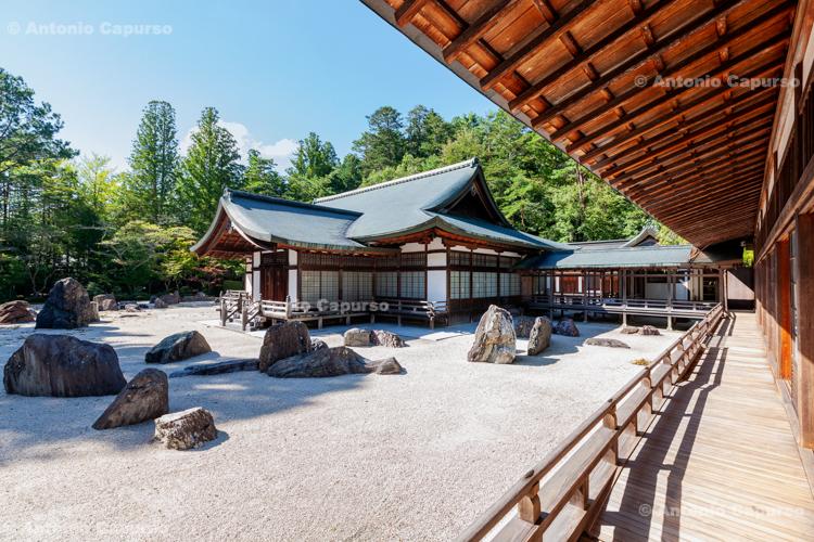 Stone garden in the Kongōbu-ji Temple, in Wakayama - Mount Koya, Japan (2018)