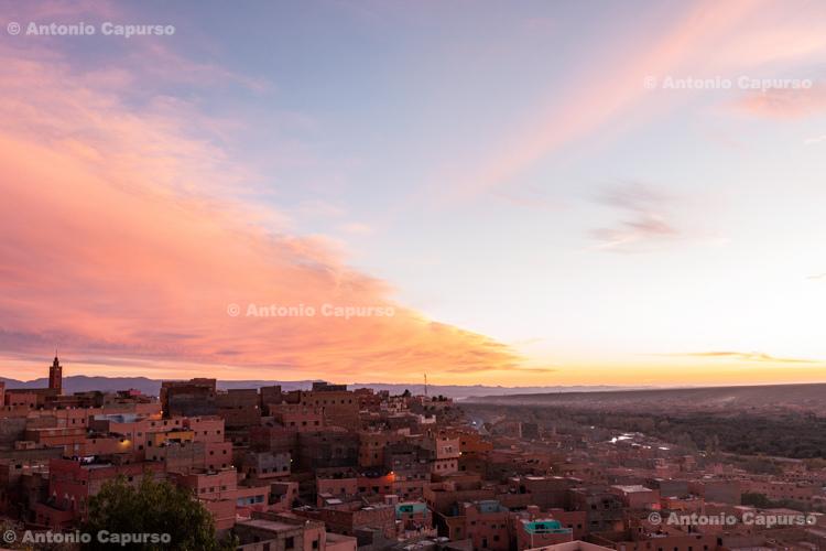 Tinghir at sunset - Morocco, 2015