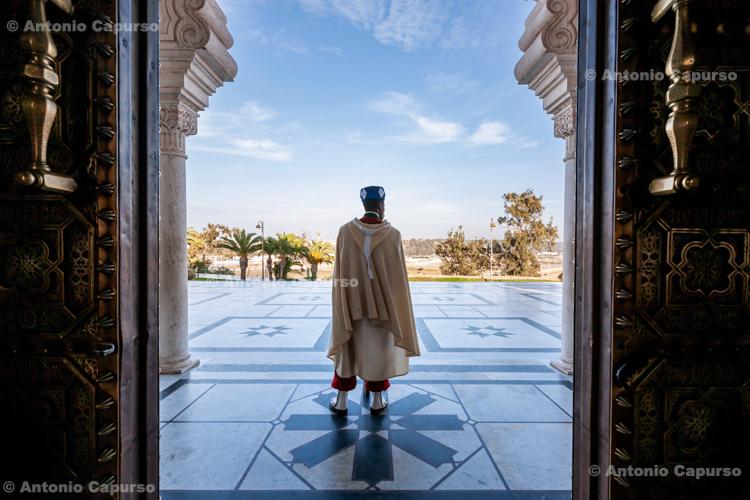 Guard outside the Mausoleum of Mohammed V, Rabat - 2015