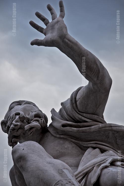 Fontana dei Quattro Fiumi in Piazza Navona - Rio della Plata - Particolare