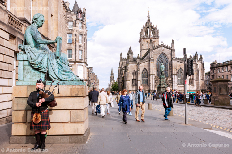 Statue of David Hume on the Royal Mile in Edinburgh - Scotland, UK - 2012