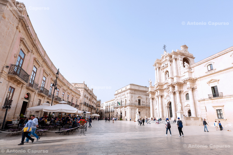 The Cathedral of Syracuse (Duomo di Siracusa) in Piazza Duomo, Syracuse, Sicily - Italy, 2017