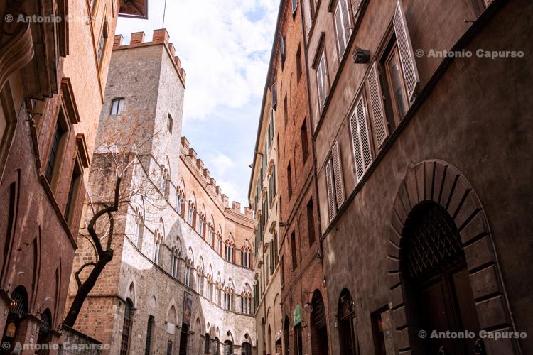 Siena, city centre - Tuscany - Italy, April 2010