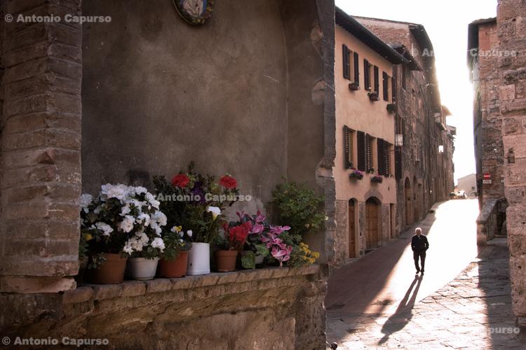 Old town, San Gimignano - Tuscany - Italy, April 2010